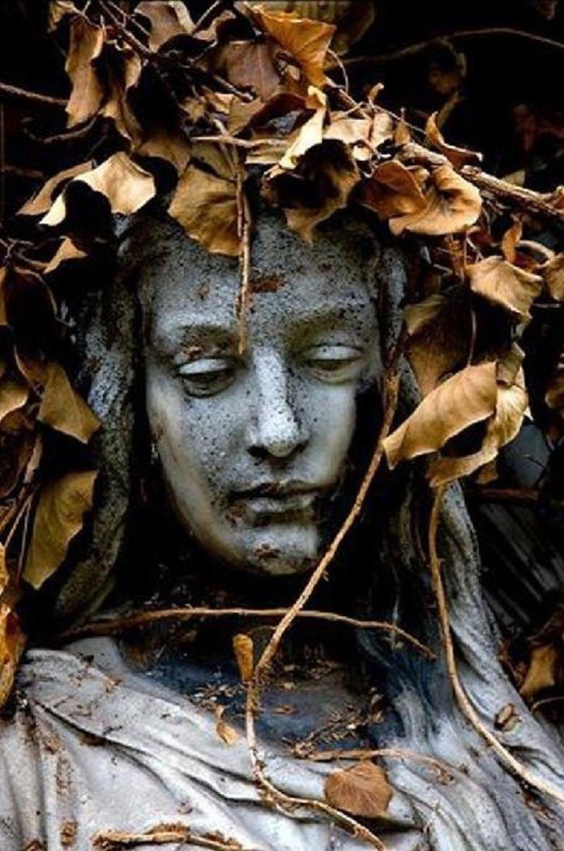Αποτέλεσμα εικόνας για esculturas de cemitérios